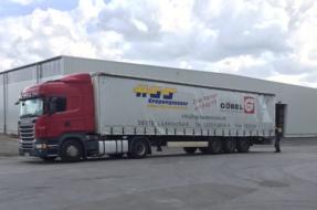 Lastwagen Göbel Spedition und HGS Gropengiesser aus Lüdenscheid